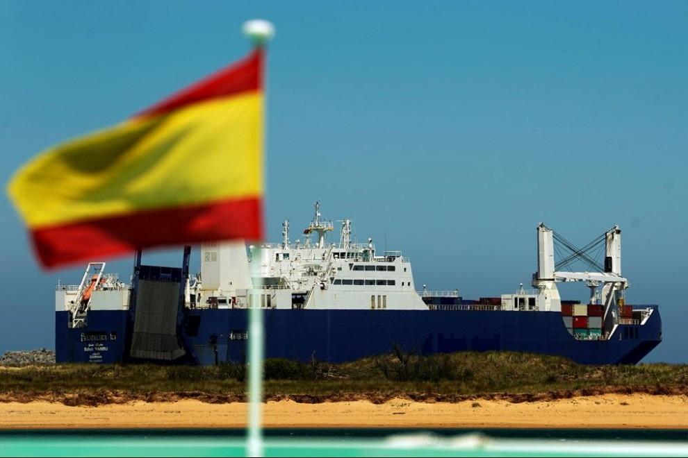 Otro 'barco de la muerte' saudí atracará el jueves en el puerto de Sagunto mientras se incrementan los bombardeos en Yemen