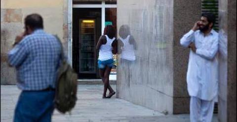 prostitutas clientes pisos prostitutas en barcelona