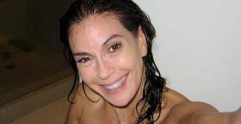 Teri Hatcher Se Fotografía Contra El Botox Público