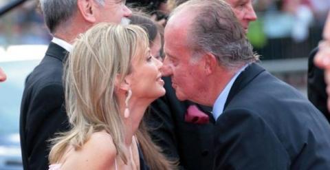 Corinna saluda al rey en 2005
