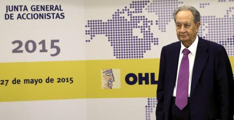 El presidente del Grupo OHL, Juan Miguel Villar Mir, durante la rueda de prensa previa a la junta de accionistas. EFE/Sergio Barrenechea