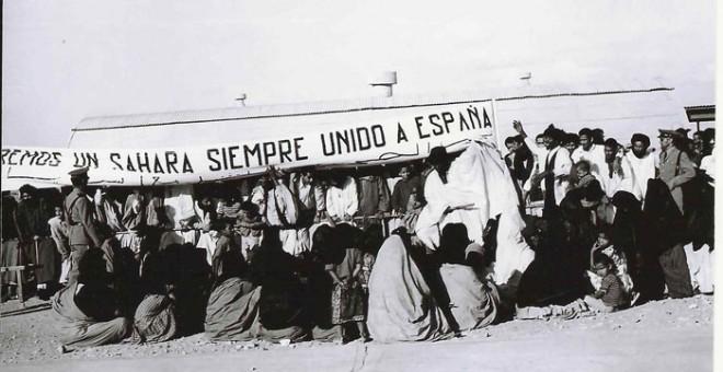 Aeropuerto de El Aaiún recibiendo a las autoridades españolas.- FONDO DE