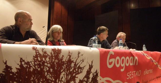 De izquierda a derecha, Mikel Paredes Manot, Marçona Puig Antich, Eduardo Araujo y Manuel Blanco Chivite. / DANILO ALBIN