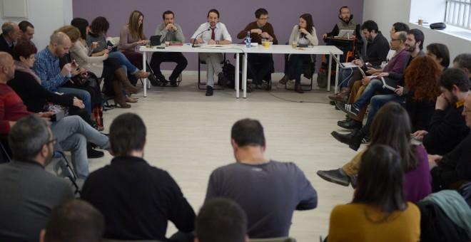 El secretario general de Podemos, Pablo Iglesias, durante su intervención en el Consejo Ciudadano, sobre los resultados del partido en las elecciones del 20-D.