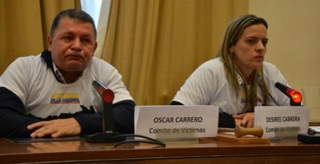 Óscar Carrero y Desiree Cabrera, portavoces del Comité de Víctimas de la Guarimba. -  @VictimaGuarimba