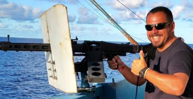 A tiros en el atunero: un vigilante mata a su compañero y se suicida