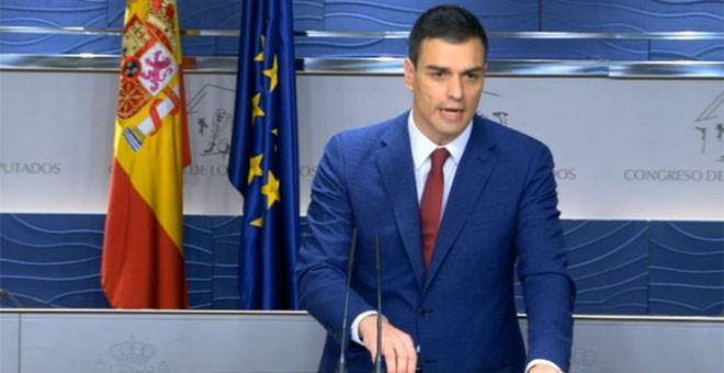 El secretario general del PSOE, Pedro Sánchez, durante su rueda de prensa en el Congreso.