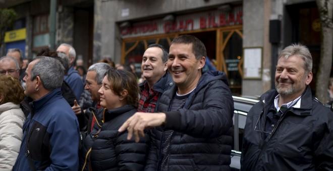 El secretario general de Sortu, Arnaldo Oteg, en un amnifestación en Bilbao en apoyo de los presos de ETA. REUTERS/Vincent West