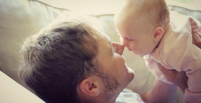 La literatura científica ha sugerido desde hace años que los recién nacidos son capaces de imitar gestos o expresiones faciales. / Fotolia