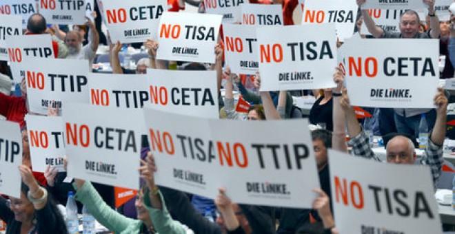 Protesta del partido alemán Die Linke contra el TiSA, el TTIP y el CETA.