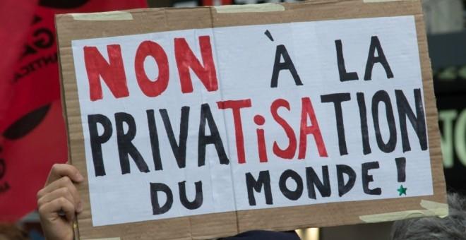 Protesta contra el TiSA en Ginebra. Imagen de Annette Dubois/ Flickr