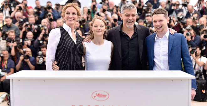 El reparto de 'Money Monster' durante la presentación en Cannes.
