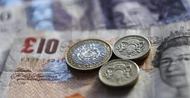 """La libra cae al nivel más bajo en 31 años por el """"brexit"""". /EFE"""