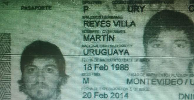 """Este es el DNI del ciudadano uruguayo cuya identidad utilizó el comisario Villarejo para contratar un móvil desde el que hablar con Inda y otros """"periodistas infiltrados""""."""