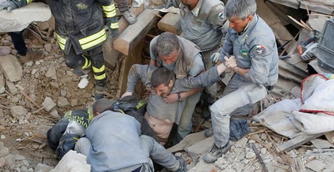 Un terremoto sacude el centro de Italia y causa al menos 241 muertos