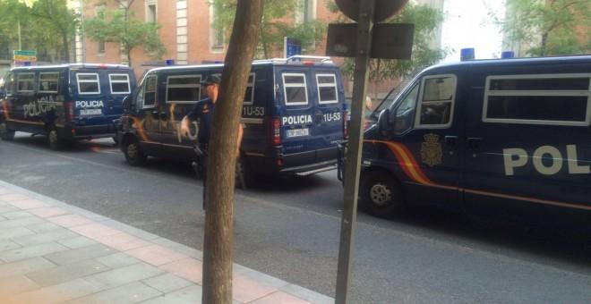 El PSOE blinda la sede de Ferraz para el Comité de este sábado. /MANU SÁNCHEZ