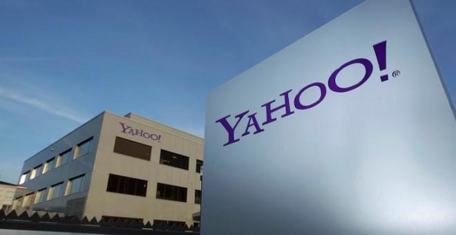 Fachada de una oficina de Yahoo. REUTERS