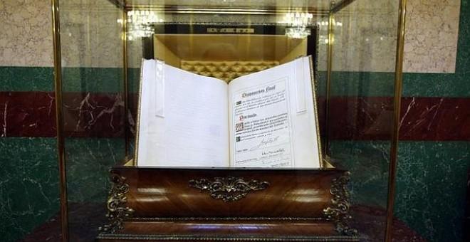Ejemplar de la Constitución Española de 1978 en el Congreso de los Diputados. / CONGRESO