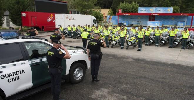 Efectivos de la Guardia Civil en formación. EFE