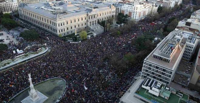 Las Marchas de la Dignidad abarrotan la Avenida de la Castellana de Madrid el 22 de marzo de 2014.-REUTERS