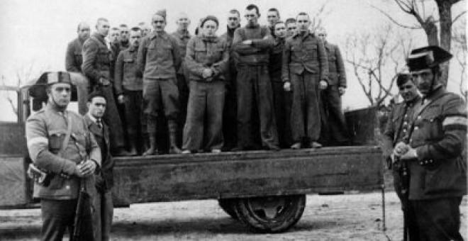 Brigadistas presos por las fuerzas franquistas en la Batalla del Jarama