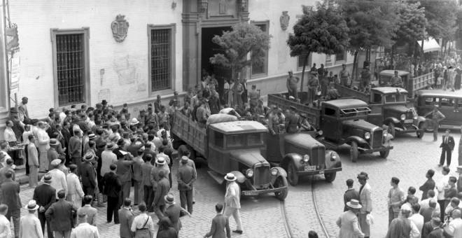 """""""Mineros de la sierra de Huelva apresados en la zona de la Pañoleta"""" (Archivo Serrano)."""