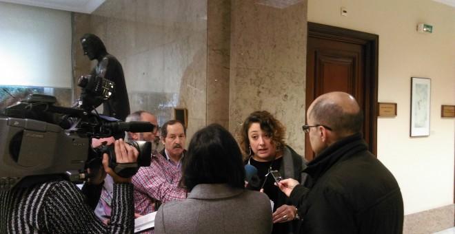 La presidenta de la PDLI, Virginia P. Alonso, ha presentado en el Congreso de los Diputados un decálogo de medidas e iniciativas legislativas para modificar las normas que están la libertad de información.