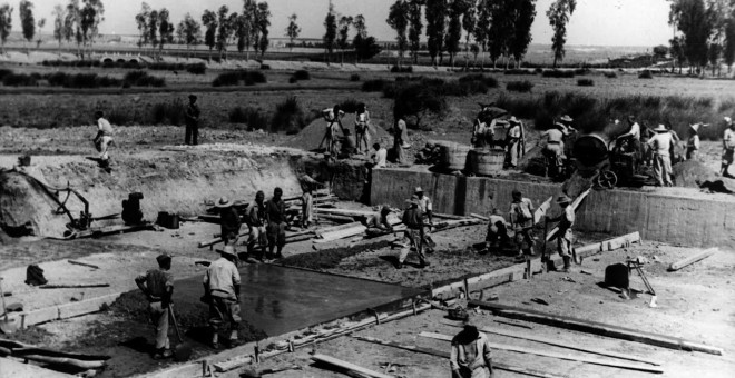 Presos en la construcción del canal. GRUPO RMHSA