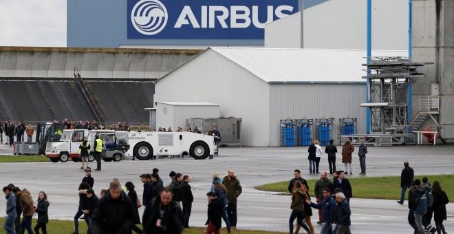 Resultado de imagen de Airbus elimina 3.700