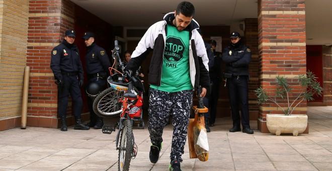 José Antonio Rojas Marcos, con 32 años, protagonizó el último desahucio en ESpaña. REUTERS/Andrea Comas
