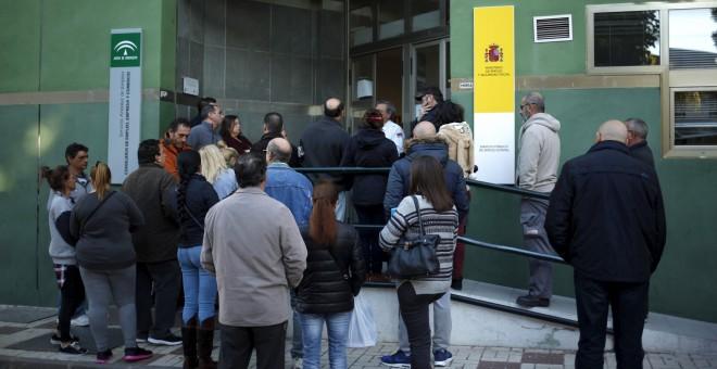 La protecci n al desempleo ha bajado el doble que el paro for Oficina de desempleo malaga