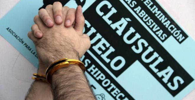 Las seis claves del decreto que obligará a los consumidores a plegarse a los bancos en las cláusulas suelo