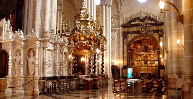 El Arzobispado de Zaragoza inscribió a su nombre la catedral de La Seo en 1987, mientras la comunidad autónoma financiaba su rehabilitación.