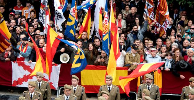 Desfile ultra durante la celebración de la Toma de Granada.