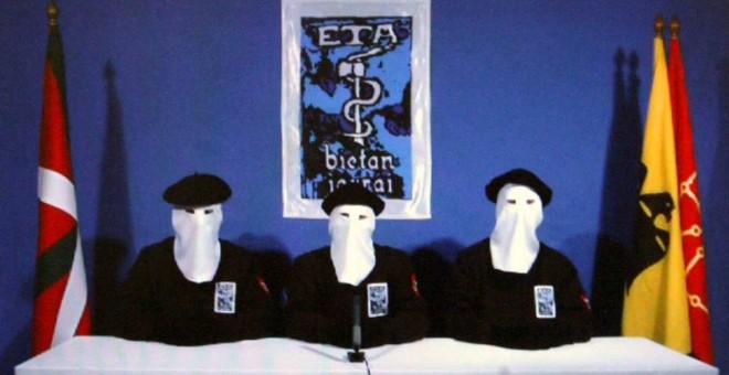 """Imagen del comunicado de ETA en el que declaraba en 2011 """"un alto el fuego permanente, general y verificable"""". EFE"""