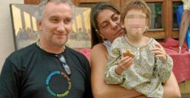 Comienza el juicio contra los padres de Nadia por enriquecerse a costa de la enfermedad de su hija