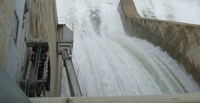 Compañías privadas explotan desde hace décadas en los ríos españoles 800 centrales hidroeléctricas cuyas concesiones comienzan a vencer.