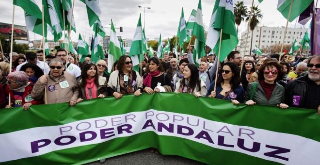 La coordinadora de Podemos Andalucía, Teresa Rodríguez, durante su participación en la manifestación del 28-F convocada por la Marcha de la Dignidad.EFE/Pepo Herrera