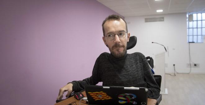 El secretario de Organización y Programa, Pablo Echenique, durante una rueda de prensa tras el Consejo de Coordinación de Podemos. EFE/Luca Piergiovanni