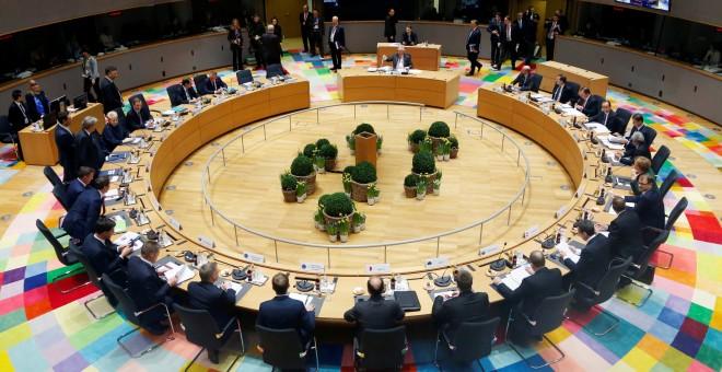 Vista general de los líderes de la Unión Europea (UE) reunidos durante el segundo día de la cumbre de primavera que se celebra en Bruselas (Bélgica). REUTERS/Francois Lenoir