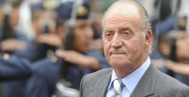 El rey emérito Juan Carlos estaría sufriendo un chantaje por parte de Eduardo Inda y el comisario jubilado, José Manuel Villarejo.