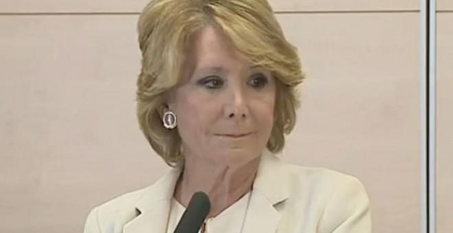 Esperanza Aguirre, durante la comparecencia en la que anuncia su dimisión.