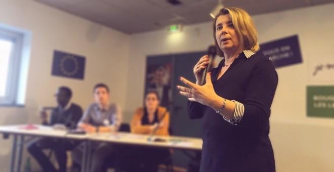 La diputada socialista fallecida, Corinne Erhel, durante una charla en abril. TWITTER
