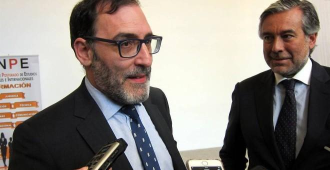 El juez de la Audiencia Nacional Eloy Velasco, y el magistrado Enrique López. E.P.