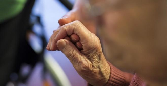 Las residencias de mayores son las grandes olvidadas de la sanidad pública / REUTERS