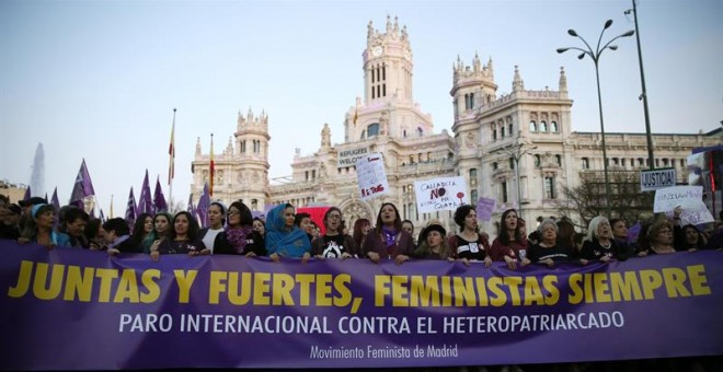 Cabecera de la manifestación del Día de la Mujer Trabajadora, 8 de marzo, en Madrid /EFE