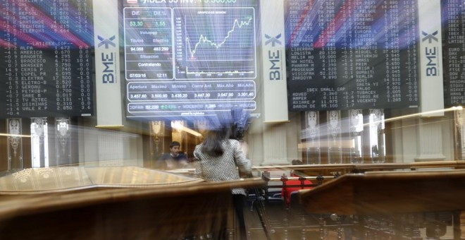 Imagen de archivo de la Bolsa de Madrid.- EFE