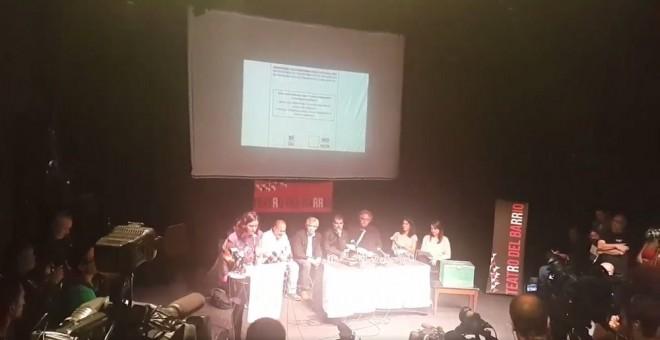Acto de 'Madrileños por el derecho a decidir' en el Teatro del Barrio