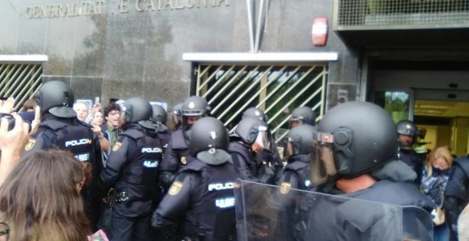 Malestar en las fuerzas de seguridad por el desastre operativo de la acción contra el 1-O