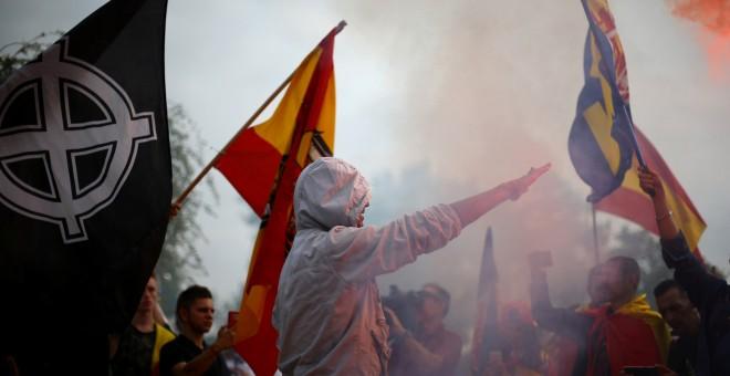 Imágenes de la manifestación por la Hispanidad en Barcelona./REUTERS
